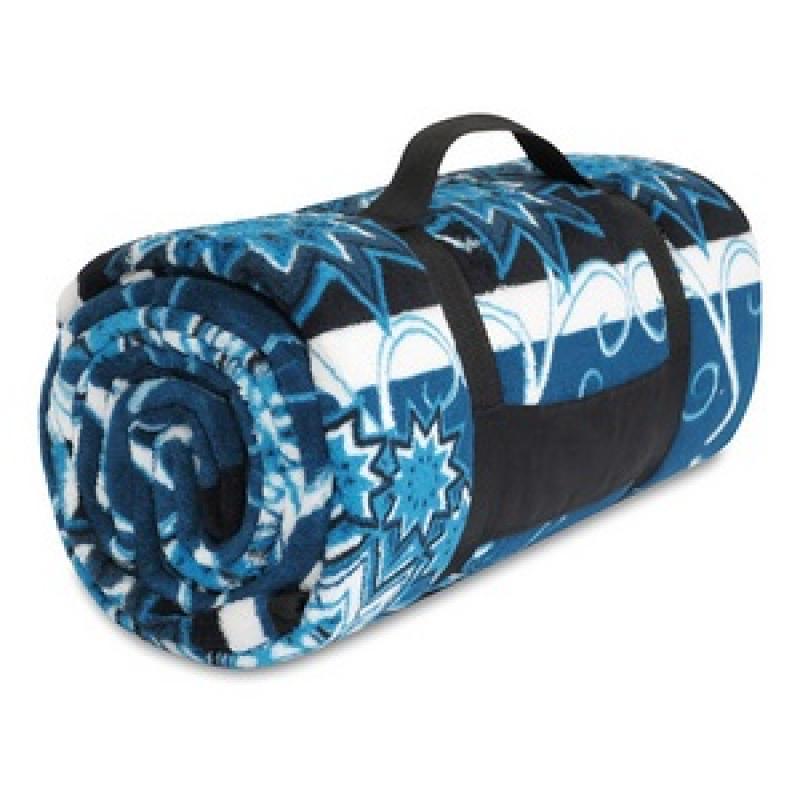 car /& picnics! Ideal for home England World Cup Football Crest Fleece Blanket