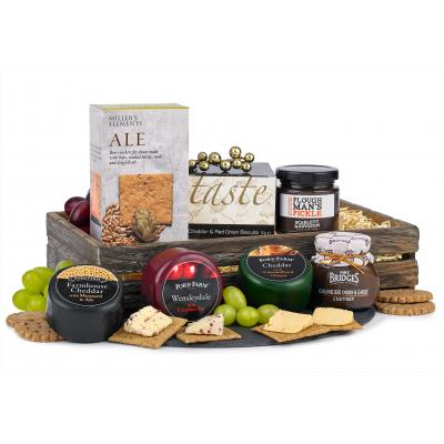 Image of Promotional Christmas Hamper, Three Cheese Savoury Selection